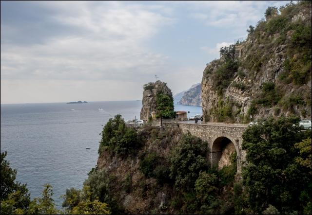 Tengerparti út Positano mellett